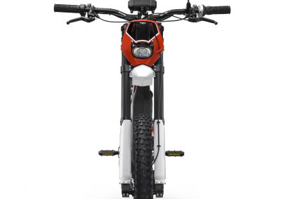 Brinco_RE_Red-front